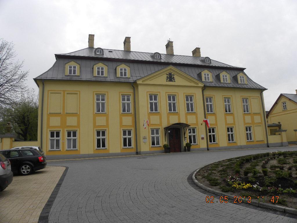 2012-13 372